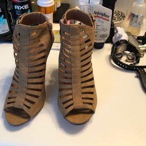 Cute Suede Sandals!